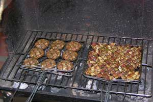 Vietnam_grilling-bun-cha